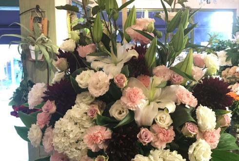 一周年祝いスタンド花