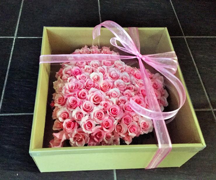 誕生日プレゼント花ハートピンクバラ