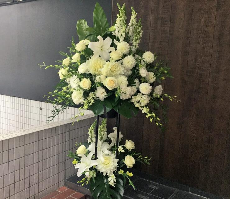 コンサート公演祝いスタンド花