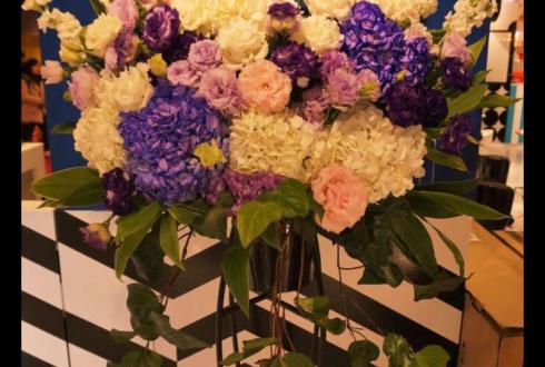 新宿東京ミステリーサーカス様の開店祝いスタンド花