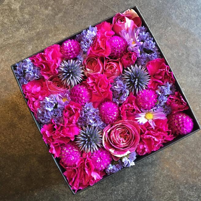 ぎゃらりー ぜん様の個展祝い花