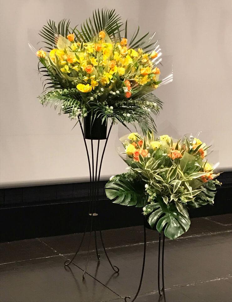 町屋ムーブホール ピアノ発表会ステージスタンド花