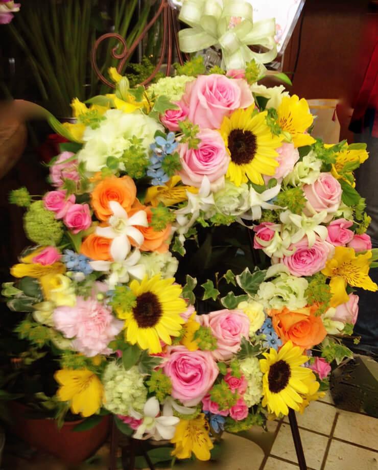荒川区町屋開店祝いリーススタンド花