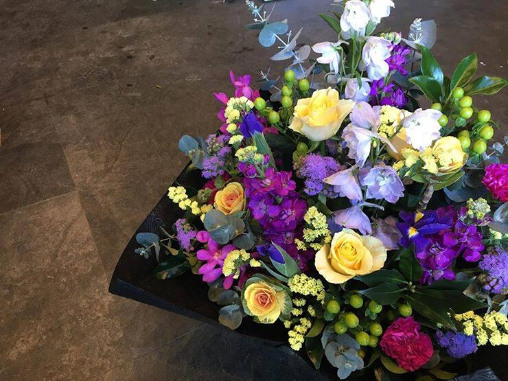 天成園卒業祝い花