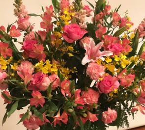 かつしかシンフォニーヒルズ カラオケスナック様の周年記念パーティースタンド花