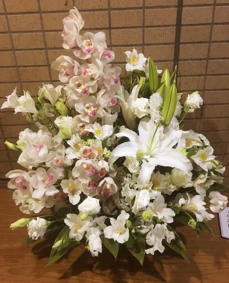 浄心寺会館さくらホール ご葬儀用の花 告別式・通夜