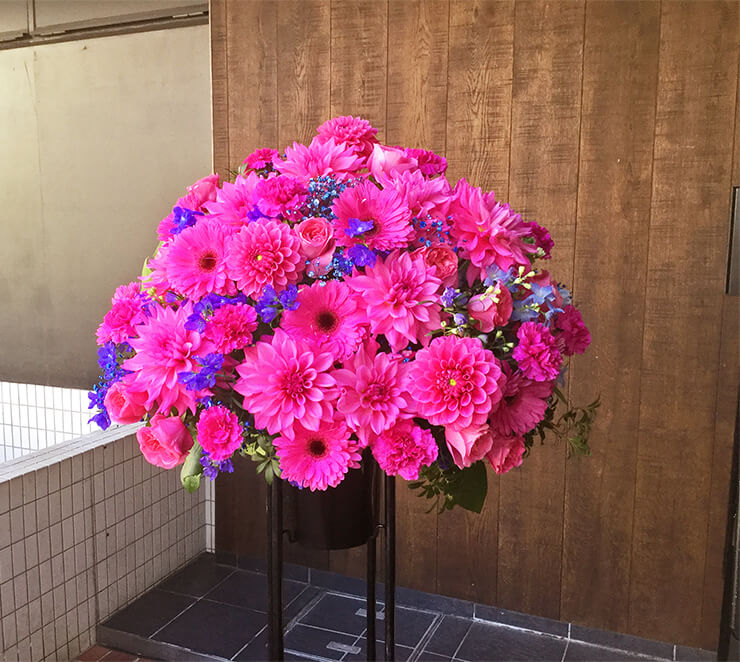 SHIBUYA109 NiCORON樣の開店祝いスタンド花