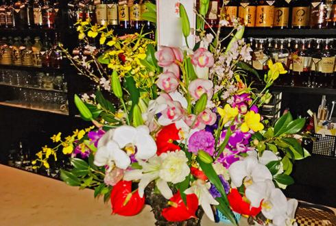 銀座 みつばち様の8周年祝いの花