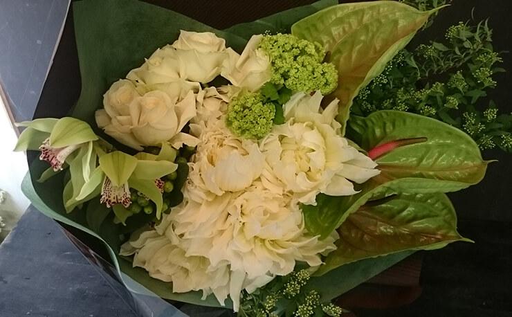 奥様への誕生日プレゼント 花束