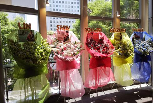 新宿ReNY MADKID様のライブ公演祝い花束風スタンド花