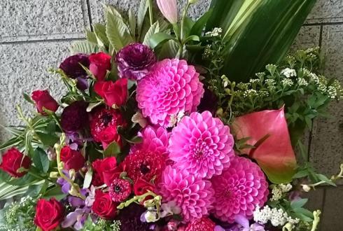 板橋グリーンホール 入社式の花 ピンク系