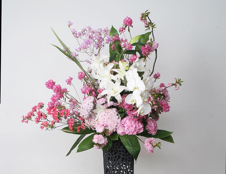 台東区 矢先稲荷神社様の改築祝いスタンド花