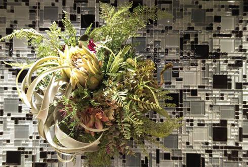 板橋区常盤台 リフォームのタケウチ ときわ台2号店様の新店舗オープン 店内装飾苔玉アートフラワー