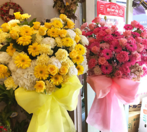 赤坂 映画「ラブ×ドック」公開祝いハートスタンド花×2