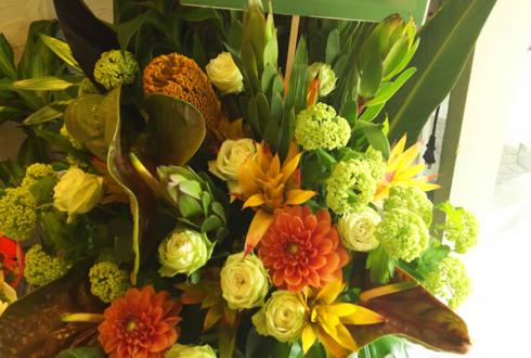 原宿クエストホール WORLD ORDER様のライブ公演祝いスタンド花