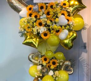 北千住clubA3 まりあ様の誕生日祝いバルーンスタンド花