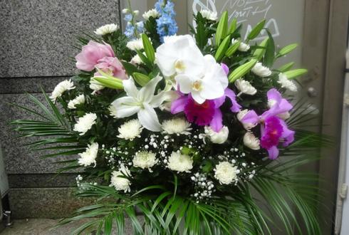 桐ヶ谷斎場 お悔やみスタンド花 供花