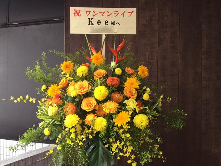 TSUTAYA O-Crest のワンマンライブ公演祝いスタンド花