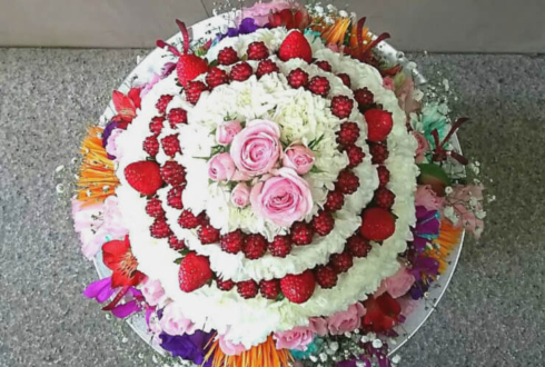南青山月見ル君想フ tipToe. 花咲なつみ様の生誕祭イベントフラワーケーキ