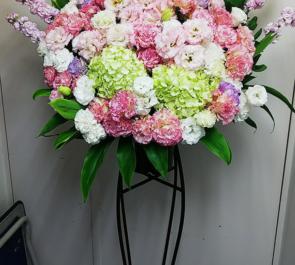 今治浴巾赤坂店様の開店祝いスタンド花