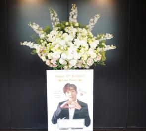 日本橋三井ホール KEVIN様の生誕祭祝いスタンド花