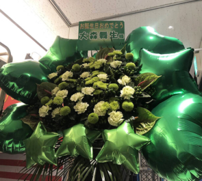 ソフマップAKIBA④号店 アミューズメント館 いちごみるく色に染まりたい。 大森舞生様の生誕祭バルーンフラスタ