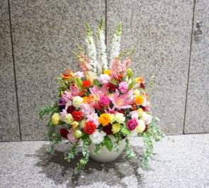 東京都庁 株式会社ブレーンシップ様の講演会用壇上花