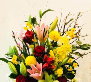 専修大学 理事長様の誕生日祝い花