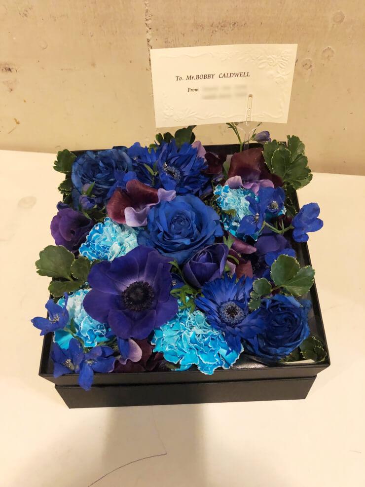 ビルボードライブ東京 ボビー・コールドウェル様のライブ公演祝い花 BOXアレンジ