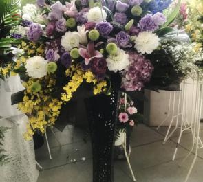 EXシアター六本木 陳内将様の歴タメLive2019出演祝いアイアンスタンド花