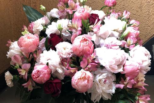 狛江エコルマホール 高麗恵子様の誕生日祝い&公演祝い花
