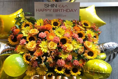 渋谷GUILTY Dr.UNDY SHIN様のバースデーライブ公演祝いフラスタ