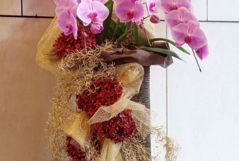 東京芸術劇場 美輪明宏の世界 ~愛の話とシャンソンと~公演祝いスタンド花