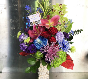 TSUTAYA O-WEST アイノリ・テクノーズ(ADAPTER。 / Sharaku Kobayashi / Cosmo-Shiki / ピノキヲ)様のライブ公演祝い楽屋花