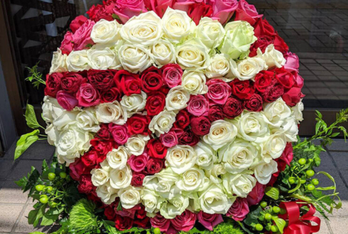 就任祝い花 企業ロゴモチーフ