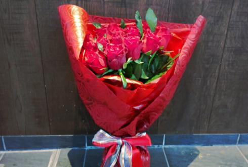 誕生日祝い赤バラ花束27本 @L'Effervescence レフェルヴェソンス