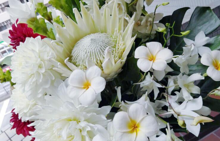 浅川梨奈様の3rd写真集発売記念イベント祝いコーンスタンド花