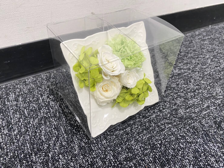 ゆこゆこホールディングス株式会社様の社内行事表彰贈呈用の花 プリザーブドフラワーアレンジメント29個 @銀座