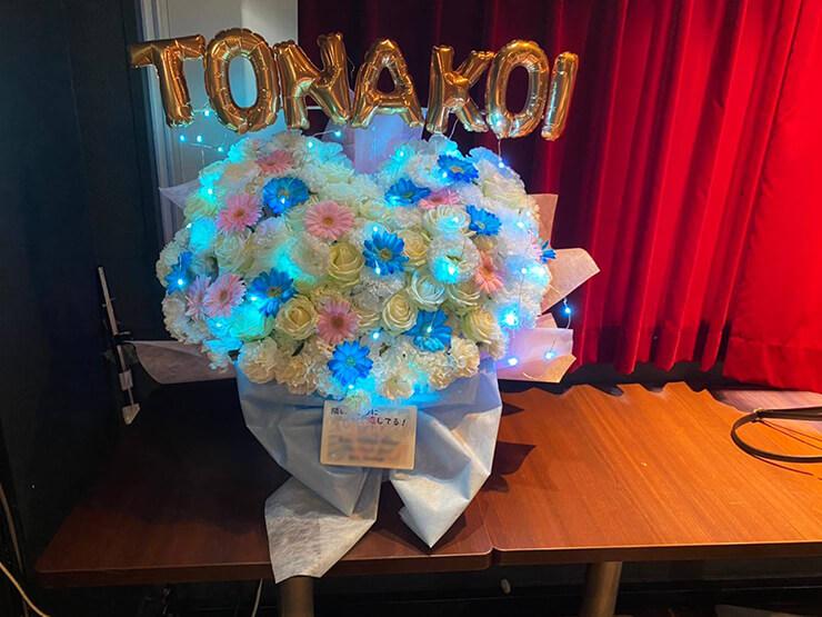 隣のアイツに恋してる!様の再始動お披露目ライブ公演祝い花 @AKIBAアイドルクエストステージiQ