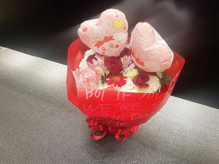 恋汐りんご様のライブ公演祝い花束 @SHIBUYA PLEASURE PLEASURE