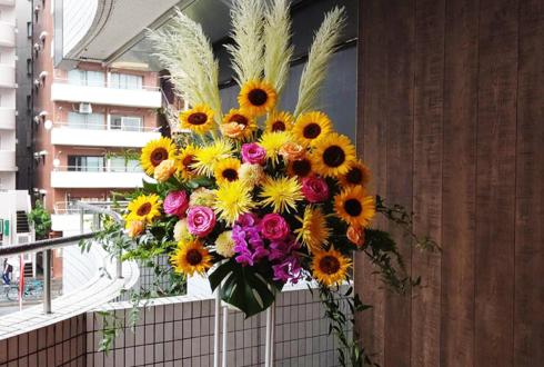 みな様 つばき様の1周年イベント開催祝いスタンド花 @バーレスク東京